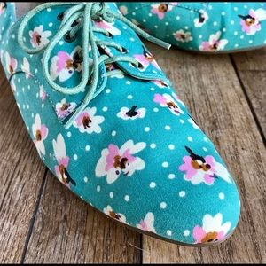 Liliana teal floral lace up oxfords